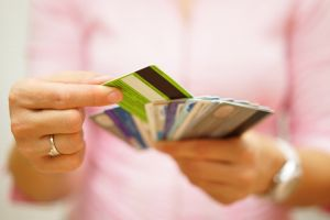When is it worthwhile using a credit card?