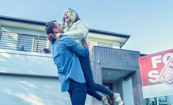 couple with sold house