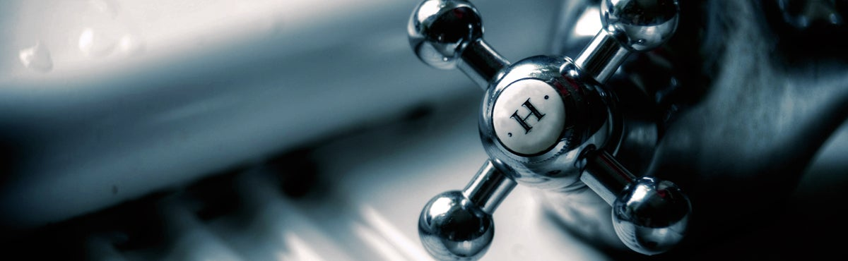 hot water tap: save power