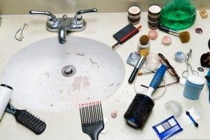 messy bathroom